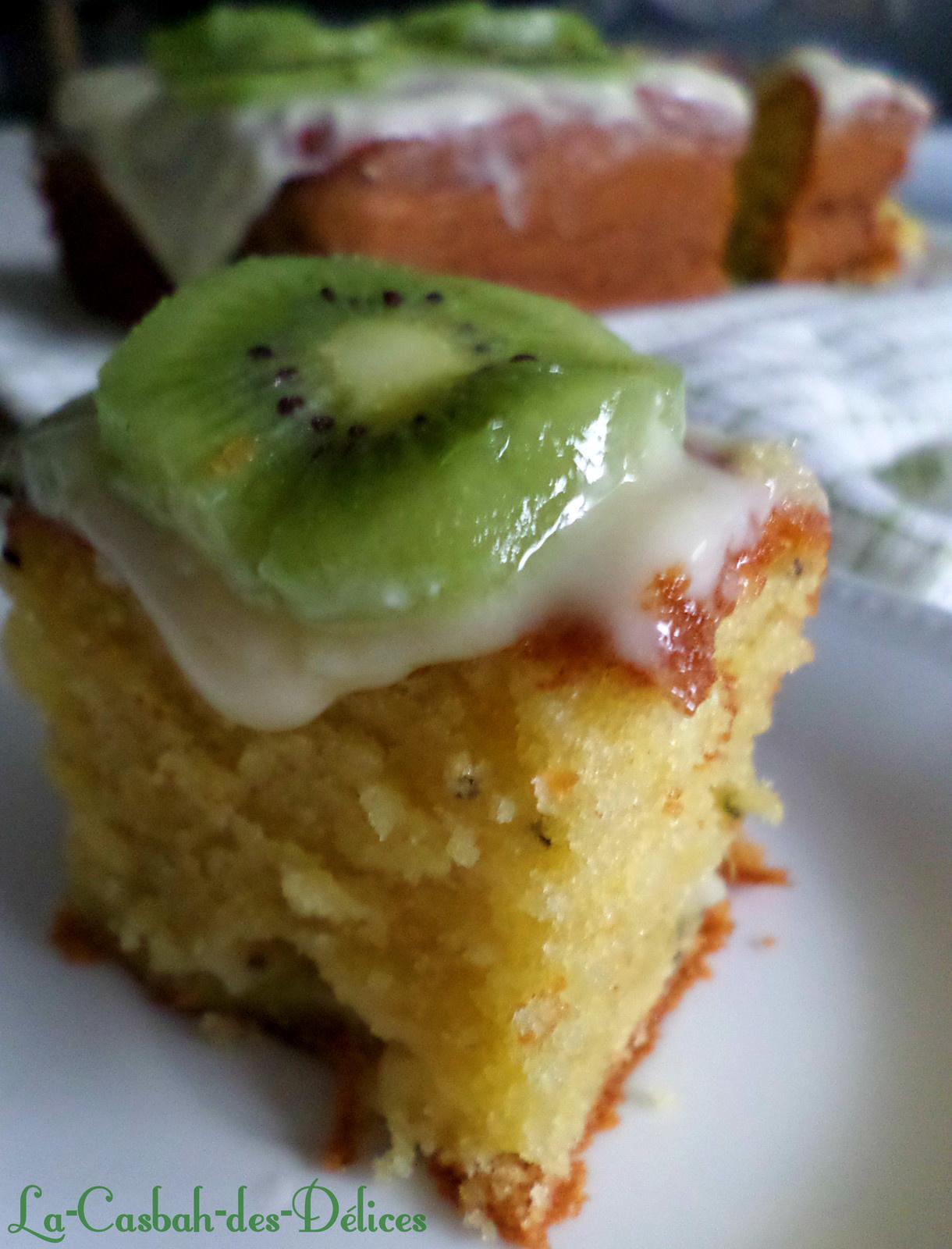 Cake au kiwi et son nappage au citron