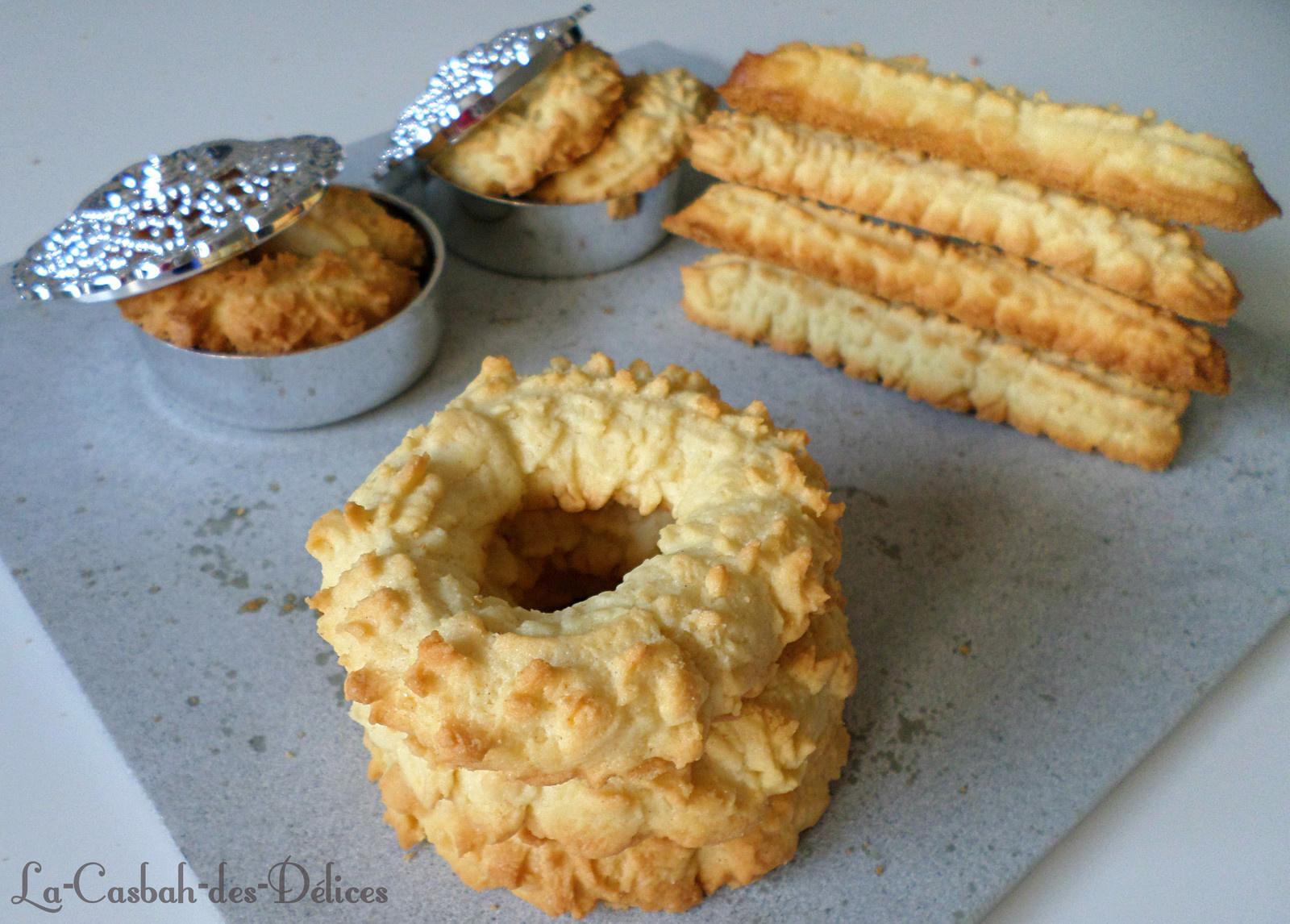 Halwat lambout : Biscuits à l'entonnoir