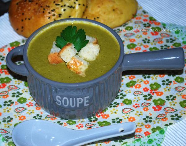 Soupe de légumes au fromage fondu